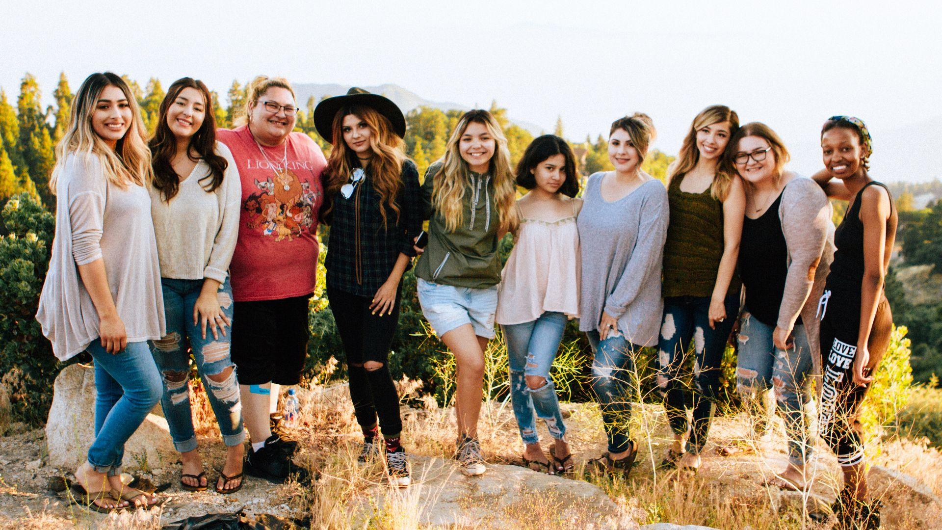 Girls Tour | Thermal Land Shuttle