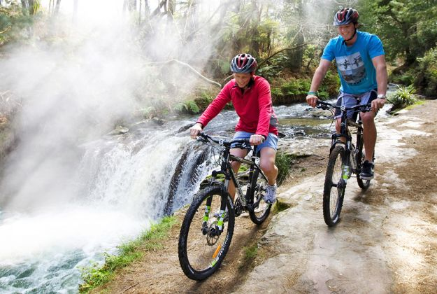Te Ara Ahi Cycle Trail Tour | Action shot