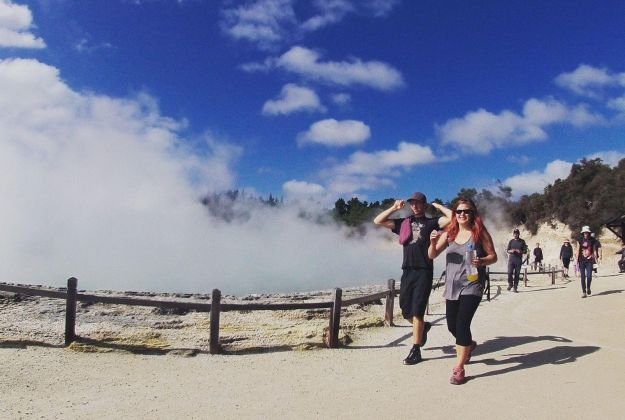Wai-O-Tapu People | Thermal Land Shuttle