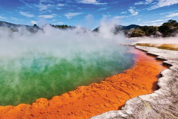 Waiotapu Champagne Pool Current | Thermal Land Shuttle